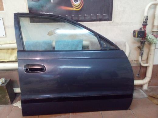 Дверь toyota corona 190